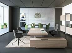 Schreibtisch Modern Design - 17 exklusiv b 252 rom 246 bel modernes chefbuero jera