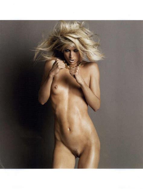 Glamourous Nude Photos Of Mature Women