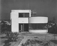 internationaler stil architektur k 252 lső k 233 p bauhaus architektur moderne architektur und