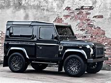 Land Rover Defender Kahn
