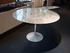 table knoll marbre occasion meuble de salon contemporain