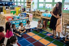 free play or flashcards new study nods to more rigorous preschools the new york times