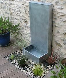 Fontaine Zen Et Abreuvoir Pour Le Chien Fountains Wall