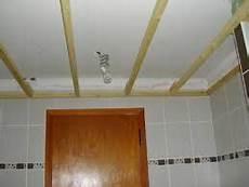 Pvc Pour Plafond Les 25 Meilleures Id 233 Es De La Cat 233 Gorie Lambris Pvc