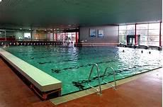 Schwimmbad Bremen Nord - schwimmkurs bei der dlrg im otebad