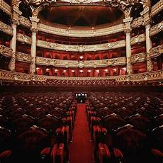 Palais Garnier Forum Op 233 Ra