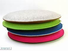 runde sitzkissen sitzkissen runde sitzkissen gepolstert aus wollfilz bunt