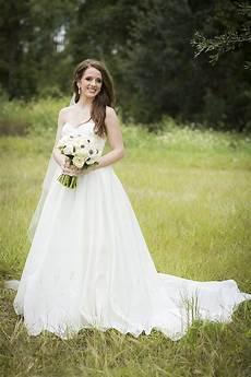 modern elegant white black and gold wedding every last detail