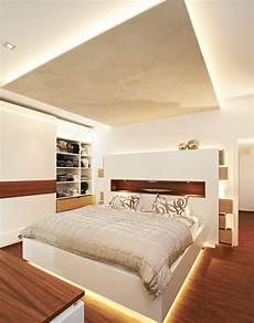 tv im schlafzimmer mit stock photo 23 und 60562627