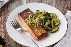 supreme traduzione salty sweet salmon with and spicy cucumber salad