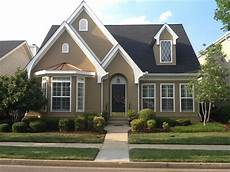 paint colors color is sherwin williams quot dapper quot and front door color is benjamin