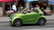 Smart Elektro 2017 - 2018 smart fortwo cabrio electric drive brabus color