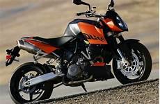 Ktm Duke 200 Image 2012 ktm 200 duke review top speed