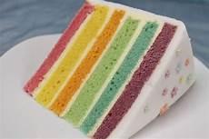 einfaches rezept fuer regenbogen regenbogentorte regenbogen torte regenbogenkuchen