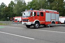 schwerer crash mit zwei lkws auf der a6 bei homburg