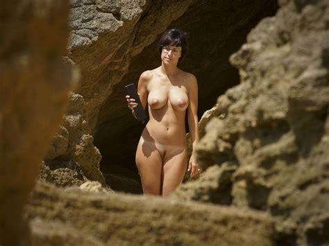 Gemma Arterton Fake Boobs