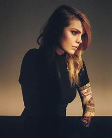 coeur de pirate s new is the best of both worlds