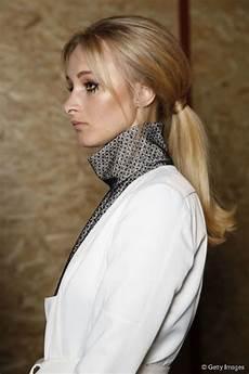 long vintage hairstyles 60s mod ponytail tutorial