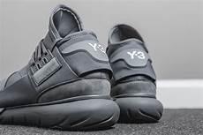 premium detailing on the adidas y 3 qasa high vista grey