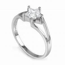 why do people use silver engagement rings
