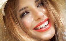weiße zähne hausmittel wei 223 e z 228 hne die allerbesten hausmittel aus der natur f 252 r