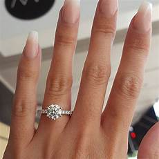 kiss wife classic engagement ring 6 claws design aaa white
