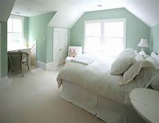 choosing green bedroom to refresh your minds q house