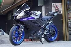 Yamaha R15 V3 Modifikasi by Kelihatannya Sih Biasa Modifikasi Yamaha R15 V3 Ini Telan