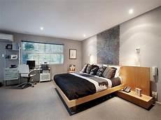 Bedroom Ideas Beige Carpet by Modern Bedroom Design Idea With Carpet Built In Shelving