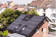 Installer Des Panneaux Solaires Sur Votre Toiture Guide 2019