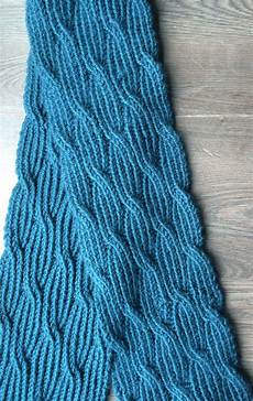 Strickmuster Schal Lochmuster - reversible scarf knitting patterns in the loop knitting
