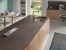 keramik arbeitsplatte küche lechner k 252 chenarbeitsplatte design concrete brown