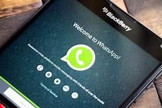 t 233 l 233 charger whatsfixer pour envoyer des photos sur whatsapp bb10