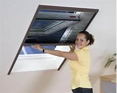 fliegengitter für dachfenster velux insektenschutz fliegengitter dachfenster plissee alurahmen