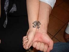 freundschafts tattoos motive handgelenk 24 best friends wrist designs