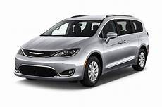 chrysler pacifica 2018 chrysler pacifica reviews and rating motor trend