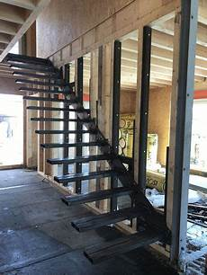 bei aussentreppen auf material und konstruktion kragarmreppen befestigung konstruktion eine gro 223 e