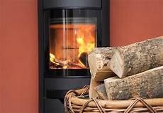 Kamin Und Ofen Heizen Mit Holz Und Kohle Obi