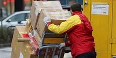 deutsche post dhl strukturiert paketzustellung mit