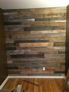 Holzwand Selber Bauen - pallet wood feature wall how to build rawhyde furnishings