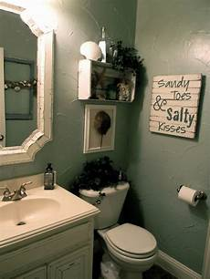 Ideas For Decorating Small Bathrooms Effective Bathroom Decorating Ideas At An Affordable