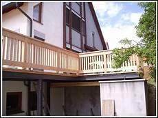 balkon aus holz balkon aus glas und holz balkon house und dekor