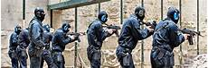 Polizei Berlin Einsätze - sek spezialeinsatzkommando elite polizisten im einsatz