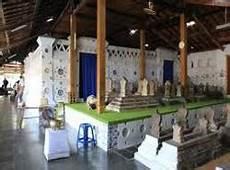Wong Dewek Wisata Ziarah Kompleks Makam Sunan Gunung Jati