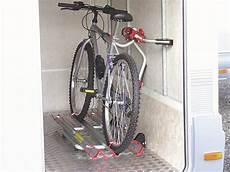 Fahrradständer Für Garage by Fiamma Carry Bike Garage Standard Fahrradtr 228 Ger