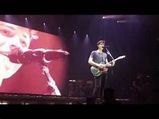 Shawn Mendes Performing Quot Lights On Quot In Oberhausen Germany