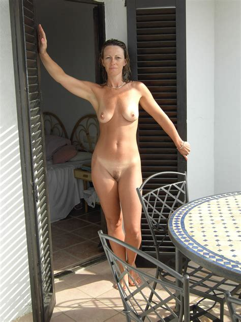 Naked Cougars