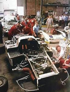 garage le mans porsches le mans teloche garage 1981 936 81 944gtr