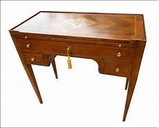 compravendita mobili antichi mobili antichi restaurati e riprodotti la commode di