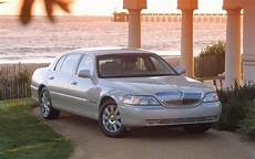 how petrol cars work 2007 lincoln town car engine control maintenance schedule for 2004 lincoln town car openbay